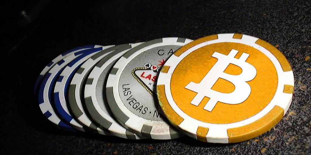 Poker With Bitcoin: How & Where To Get Started